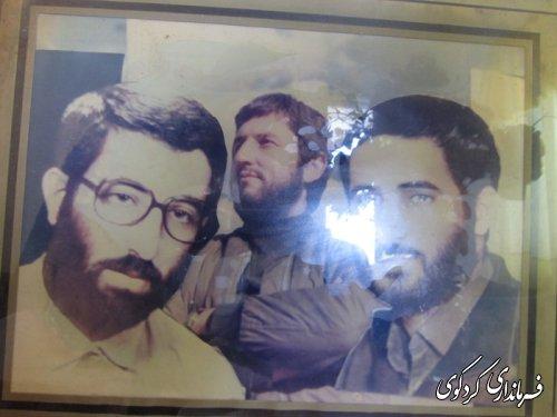 دیدار فرماندار ومسئولین با خانواده شهیدان منوچهری /تصویری