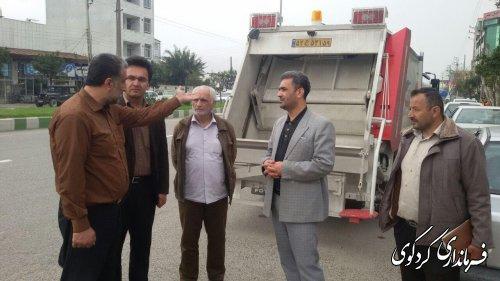 تحویل یک دستگاه خودروی حمل زباله به دهیاری روستای دنگلان