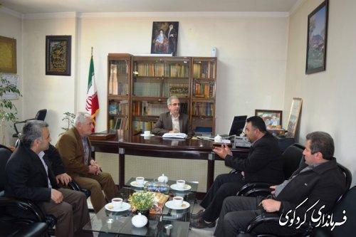 اعضای شورای اسلامی و دهیار روستای سالیکنده با فرماندار