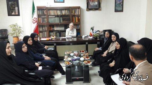 جمالی فرماندار کردکوی از بانوان همکار در فرمانداری و بخشداری تجلیل کرد
