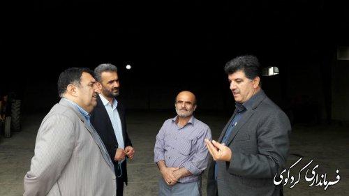 ابراهیم قدمنان فرماندار کردکوی به اتفاق بخشدار مرکزی و مدیر تعاون روستایی از مراکز خرید گندم و کلزا بازدید کردند