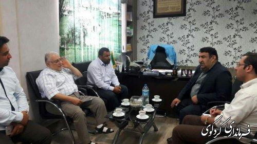 دیداراعضای شورای اسلامی ودهیار روستای سالکنده باابراهیم قدمنان فرماندارکردکوی