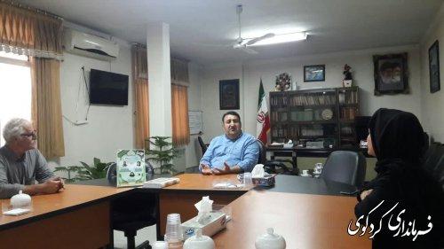 دیدار و گفتگوی اعضای یک گروه مستند ساز از شبکه مستند صدا و سیما با فرماندار کردکوی