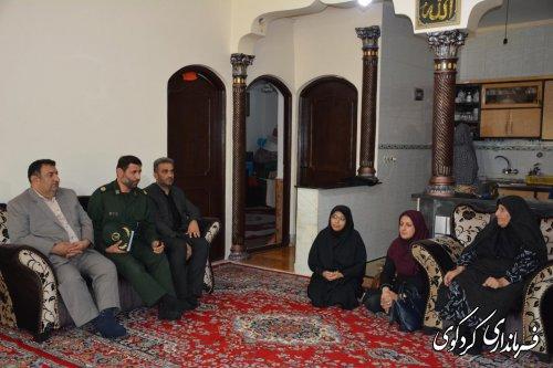 خانواده های شهدا نقطه قوت نظام و عامل ثبات جمهوری اسلامی هستند