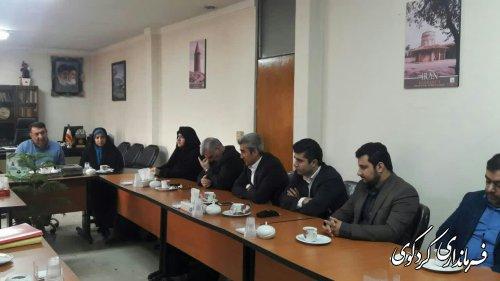 سیاست مجموعه مدیریت شهرستان در جهت اصلاح و معاونت امور شهری است