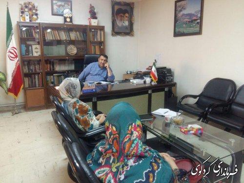 در ملاقات عمومی امروز سه شنبه تعداد از شهروندان شریف شهرستان با ابراهیم قدمنان فرماندار کردکوی دیدار و گفتگو کردند .