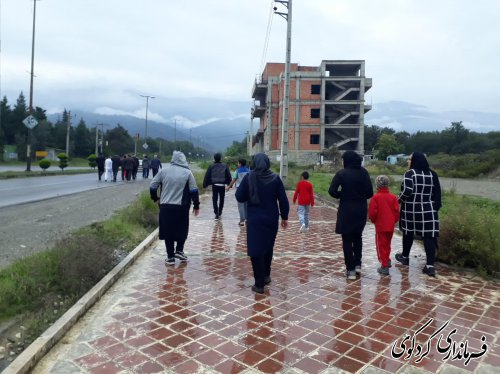 همایش پیاده روی همگانی با حضور اقشار مختلف مردم، ورزشکاران، مسئولان شهرستانی برگزارشد