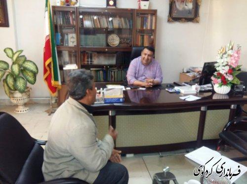 دیدار فرماندار کردکوی با تعدادی از شهروندان در روز ملاقات عمومی