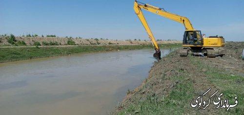 با هزینه بیش از. یک میلیارد دویست میلون تومان اعتبار پس از ۱۵ سال رودخانه قره سو لایروبی شد.