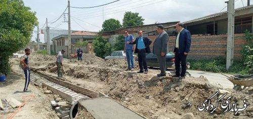 قدمنان فرماندارکردکوی  :  پل غازی محله شهر کردکوی با ۲میلیارد تومان در حال اجراست.