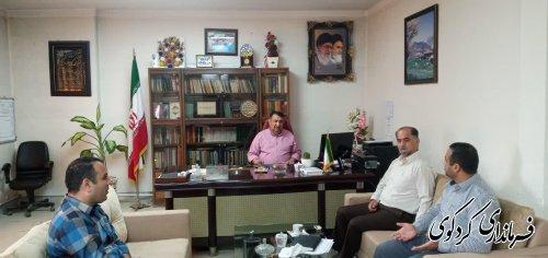 تعداد از شهروندان شریف شهرستان با ابراهیم قدمنان فرماندار کردکوی دیدار و گفتگو کردند .