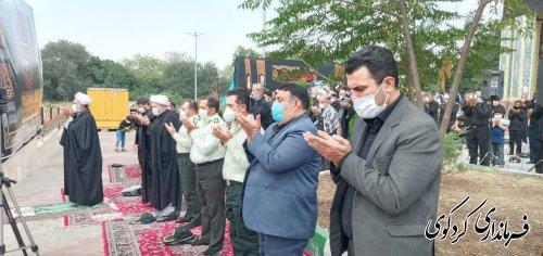 حضور فرماندار  در آئین سوگواری آقا امام حسین ع  و نماز ظهر عاشورا در شهدای گمنام کردکوی