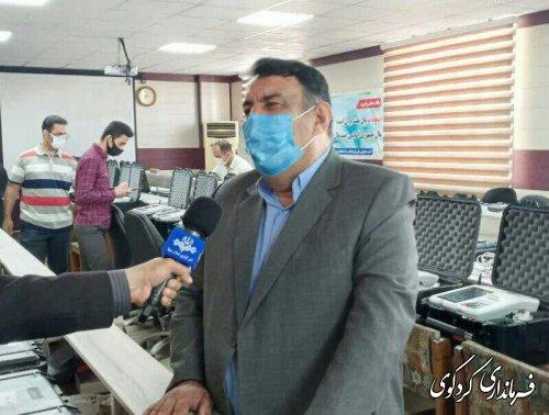 بازدید از دستگاه های هویت سنج توسط عضای هیات نظارت انتخابات استان به اتفاق فرماندار کردکوی