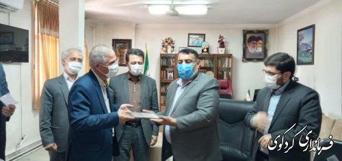اعتبار نامه جلال ایری نماینده مردم غرب استان در مجلس شورای اسلامی تحویل وی شد.