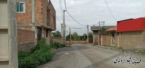 عملیات اجرایی طرح تعریض خیابان میرزاکوچک خان روستای بالاجاده با حضور فرماندار