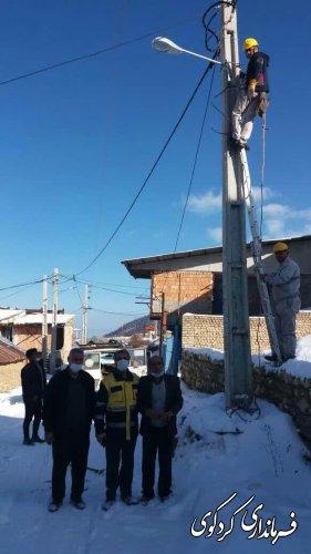طرح تبدیل سیستم انتقال برق به سه روستای مناطق کوهستانی با اعتبار ۱۷۰ میلیون تومان به اتمام رسید.