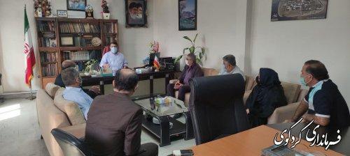 دیدار  اعضای تعاونی دامداران شهر کردکوی با ابراهیم قدمنان-فرماندارکردکوی -