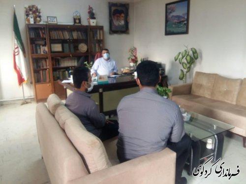 در دیدارهای امروز هم تعدادی از شهروندان با فرماندارکردکوی دیدار و گفتگو کردند